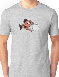 Piranha loves Apple Unisex T-Shirt