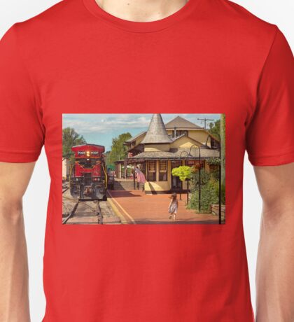 Train Station - There will always be hope Unisex T-Shirt
