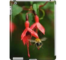 Fuchsia at Loch Na Fooey (wide) iPad Case/Skin