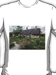 Ann Hathaway's Cottage , Stratford Upon Avon  UK 2 T-Shirt