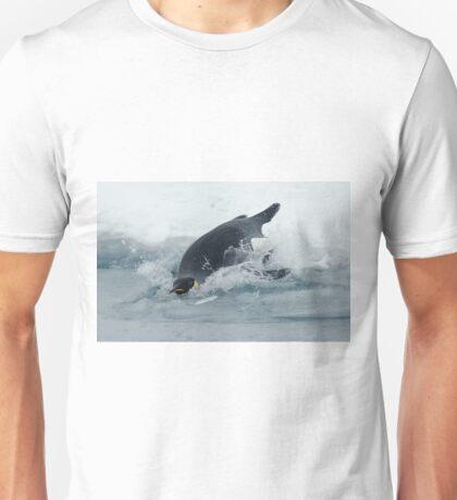 Diving Emperor Penguin Unisex T-Shirt