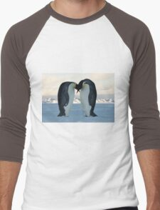 Emperor Penguin Courtship Men's Baseball ¾ T-Shirt