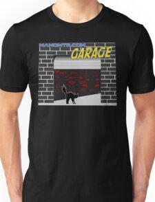 Manomtr Garage Unisex T-Shirt