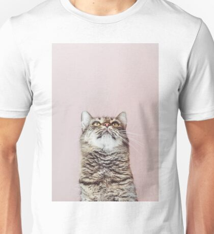 Beautiful cat looking up Unisex T-Shirt