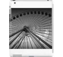 BW Ferris Wheel iPad Case/Skin