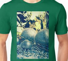 Christmas bauble decoration Unisex T-Shirt