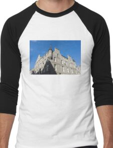 Silver City Architecture - Aberdeen Granite Facade with a Whimsical Tower Men's Baseball ¾ T-Shirt