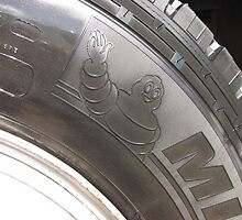 Michelin Man by Derwent-01
