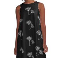 The Flower Dust : in Black and White Floral Design A-Line Dress