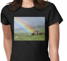 I Know Where The Pot Of Gold Is! - Rainbow NZ Womens Fitted T-Shirt