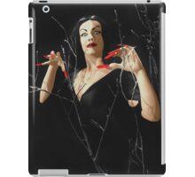VAMPIRA RED LIP iPad Case/Skin