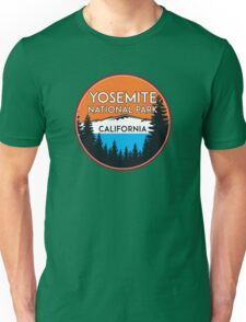 YOSEMITE NATIONAL PARK CALIFORNIA MOUNTAIN HIKING CAMPING CLIMBING Unisex T-Shirt