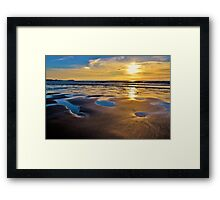 watching the tide go out Framed Print