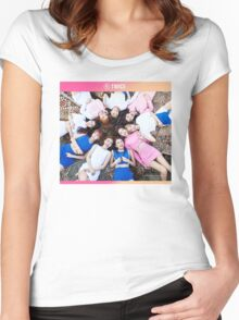 TWICE 'TT' Group Women's Fitted Scoop T-Shirt