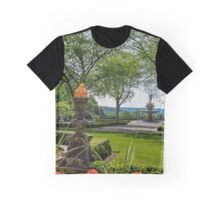 Garden With A View On Oceanus Fountain - Kykuit Rockefeller Estate | Sleepy Hollow, New York Graphic T-Shirt