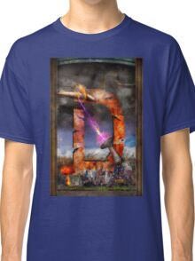 Steampunk - Alphabet - D is for Death Ray Classic T-Shirt