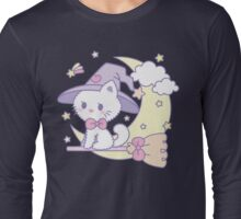 little witches cat Long Sleeve T-Shirt