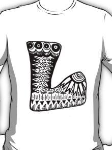 "Hipster Letter ""L"" Zentangle T-Shirt"
