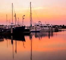 Sunrise - Lakes Entrance Victoria by Chris Kean