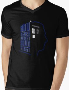 You Never Forget Your First - Doctor Who 9 Christopher Eccleston Mens V-Neck T-Shirt