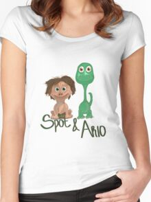 Spot & Arlo Women's Fitted Scoop T-Shirt