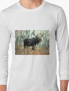 Huge Moose  Long Sleeve T-Shirt