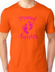 Proud Aunty with cute maternity baby feet Unisex T-Shirt