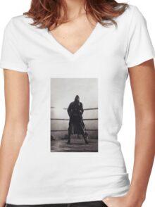 Bronx Bull I Women's Fitted V-Neck T-Shirt