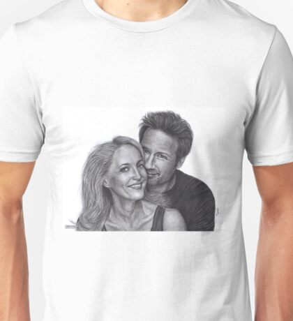 Gillian Anderson and David Duchovny Unisex T-Shirt