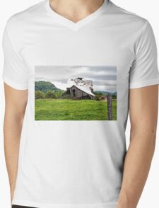 This Old Barn Mens V-Neck T-Shirt