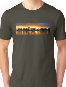 .Marmong Point Waterscape Sunrise. Unisex T-Shirt