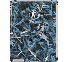 Counter Strike. Vulcan colors weapon iPad Case/Skin