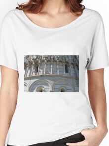 Detail of the Baptistery building in Piazza dei Miracoli Square of Miracles, Pisa, Tuscany, Italy Women's Relaxed Fit T-Shirt