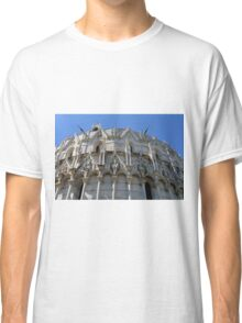 Detail of the Baptistery building in Piazza dei Miracoli Square of Miracles, Pisa, Tuscany, Italy Classic T-Shirt