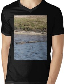 Alligator in the Water Mens V-Neck T-Shirt
