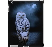 white owl iPad Case/Skin