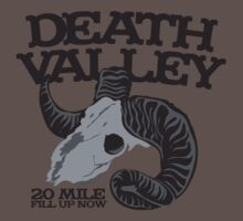 Death Valley  20 mile fill up now road sign with goat skull T-Shirt