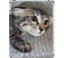 Mikino - Bubble-wrapped 2 iPad Case/Skin