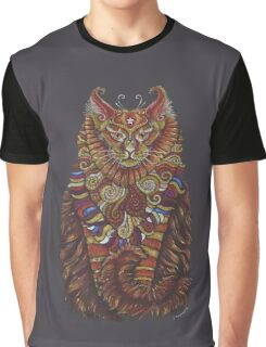 Maine Coon Cat Totem Graphic T-Shirt