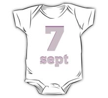 Baby learns the number seven in French pink One Piece - Short Sleeve