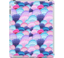 Multicolored pattern of seashells iPad Case/Skin