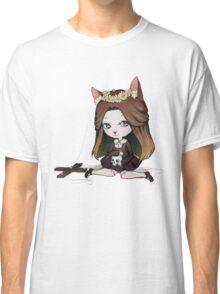 Cat Puppet - Creepy but cute Classic T-Shirt
