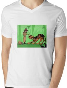 Gentle Giant  Mens V-Neck T-Shirt