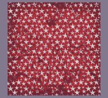 White stars on grunge textured red background Kids Tee
