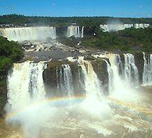 Watter Falls_Foz do iguaçú by centraldafoto