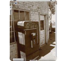 Route 66 - Rusty Coke Machine iPad Case/Skin