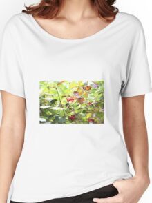 Wild red berries Women's Relaxed Fit T-Shirt