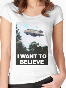 I WANT TO BELIEVE - Rick and Morty Ship Women's Fitted Scoop T-Shirt