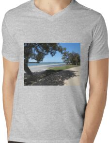 Broadwater Park View Mens V-Neck T-Shirt