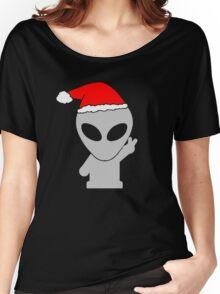 Alien Wearing Santa Hat Women's Relaxed Fit T-Shirt